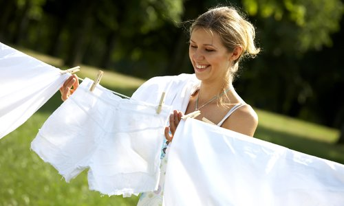 Как отбелить белье без отбеливателя