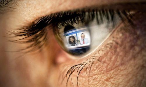 Как монитор влияет на зрение