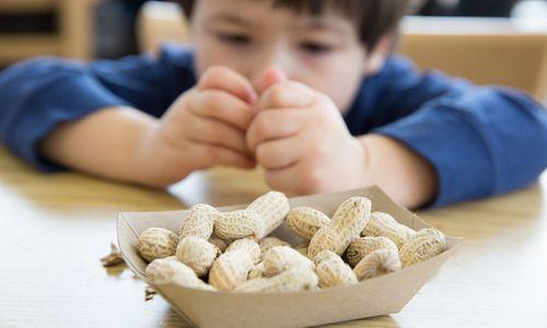 Аллергия на арахис у детей и взрослых