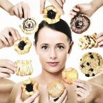 Как отучить себя есть сладкое?